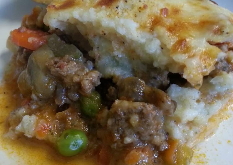 cauliflower mashed shepherds pie recipe main photo 1
