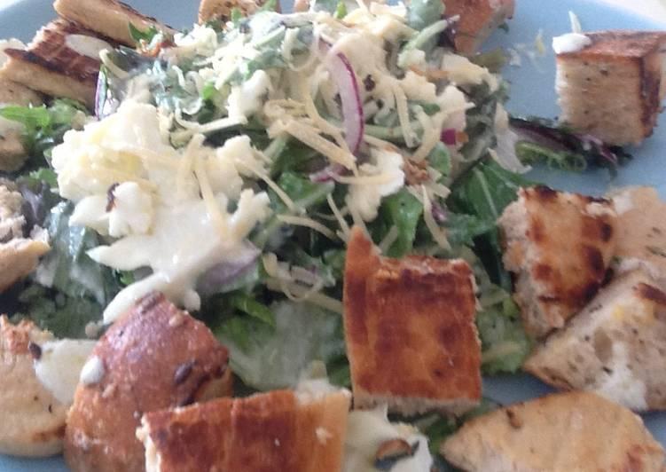 chicken crouton salad recipe main photo