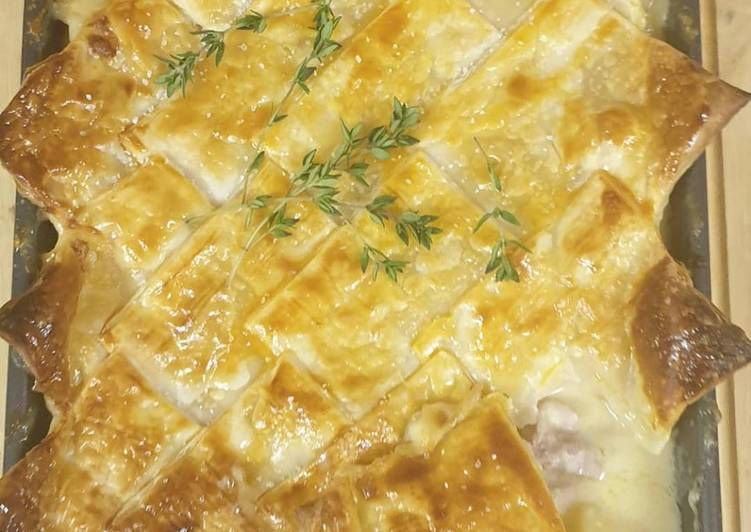 creamy chicken pie recipe main photo
