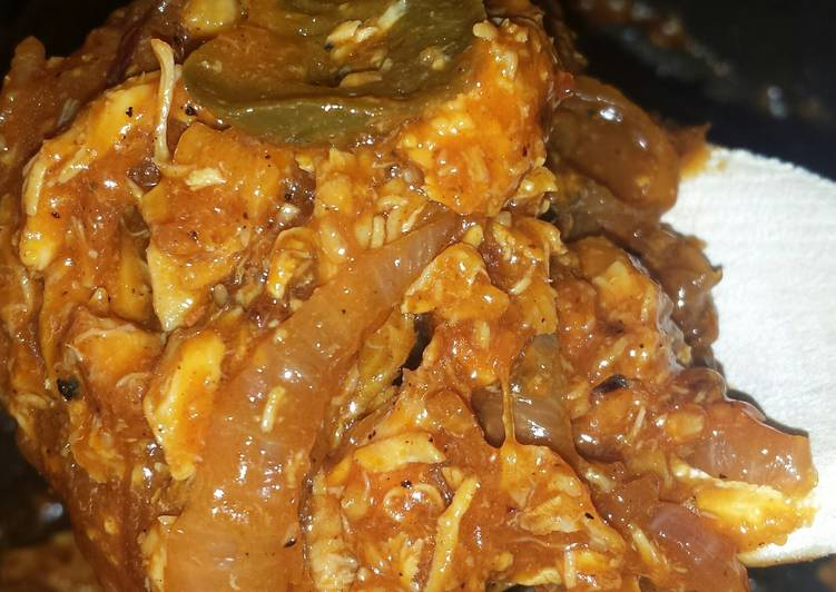 easy bbq pulled chicken recipe main photo 1