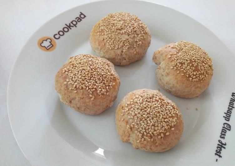 english whole wheat sweet buns recipe main photo 1
