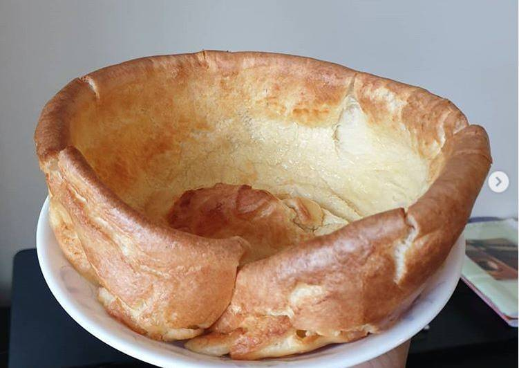 giant yorkshire pudding recipe main photo
