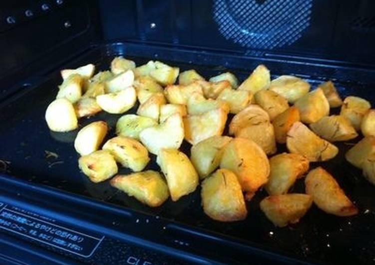 herb roasted potatoes recipe main photo 1