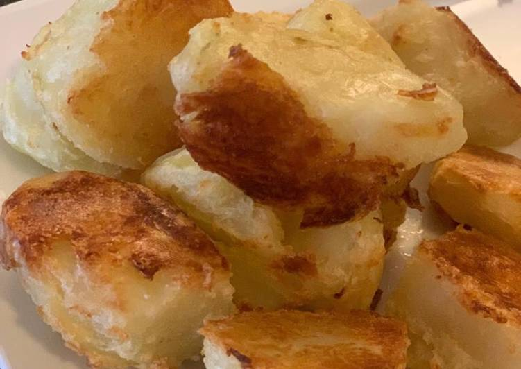 roast potatoes recipe main photo 2