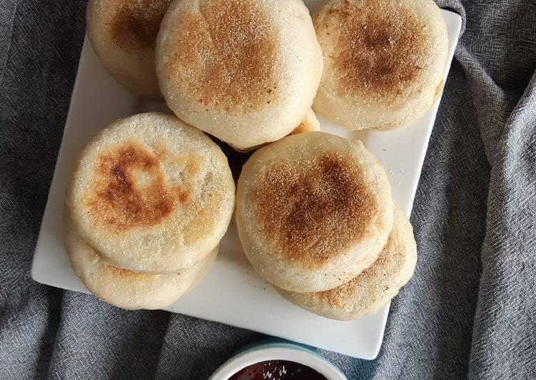 sourdough english muffins recipe main photo