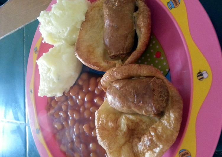 tiddly puds toad in the hole recipe main photo 2